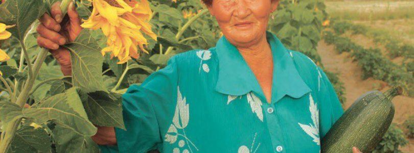 Поздравляем Чечекму Кыргысовну с 72-летием и с победой на выборах!