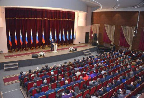 Ежегодное послание Главы Тувы Верховному Хуралу (парламенту) Республики Тыва.