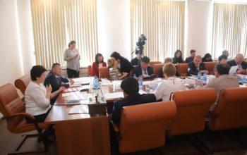 В конференц-зале мэрии г.Кызыла состоялась 1-я организационная сессия депутатов Хурала представителей Кызыла нового 5-го созыва.
