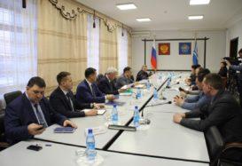 Обмен мнениями, обсуждение проблематики — встреча с главой республики Тыва.