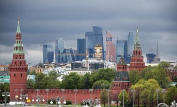 Михаил Делягин: Кремль, как когда-то Керенский, скоро будет искать женское белье для отхода.